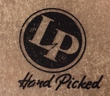 Das LP Logo auf einem Fell